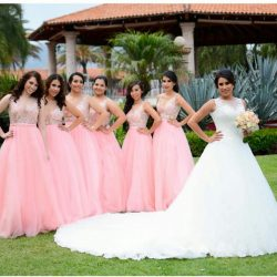 DAMAS DE HONOR (3)